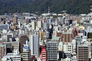 ポートタワーより望む神戸市街の写真素材 [FYI02821771]
