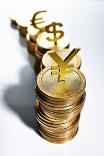 コインのお金イメージの写真素材 [FYI02822464]