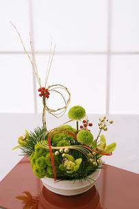 正月の生け花の写真素材 [FYI02823460]