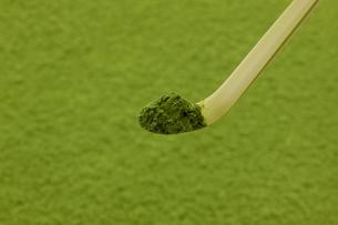 抹茶と茶杓の写真素材 [FYI02823534]
