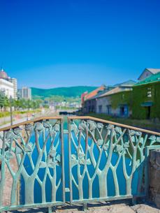 快晴の小樽運河 (南運河)の写真素材 [FYI02824269]