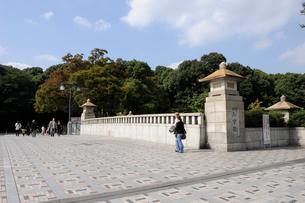 原宿 神宮橋の写真素材 [FYI02824309]