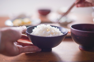 和の朝食とご飯の写真素材 [FYI02824430]