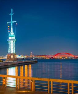 夕暮れの神戸港の写真素材 [FYI02824598]