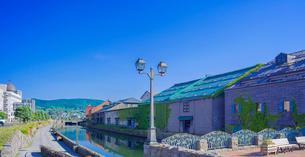 快晴の小樽運河 (南運河)の写真素材 [FYI02824622]