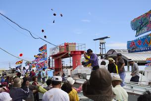 佐良浜海神祭 伊良部島の写真素材 [FYI02824645]