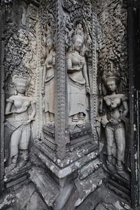 チャウサイデボーダ寺院のレリーフの写真素材 [FYI02825549]