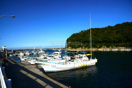 波切漁港と漁船の写真素材 [FYI02827196]