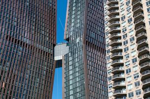 イーストサイドミッドタウンに立ち並ぶ高層住宅群の写真素材 [FYI02830918]