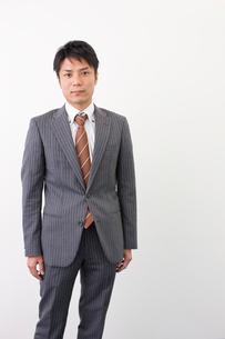 日本人のビジネスマンの写真素材 [FYI02832558]