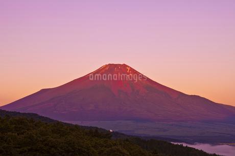赤富士の写真素材 [FYI02832945]