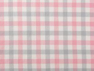 ピンクとグレーのチェックの布の写真素材 [FYI02833775]