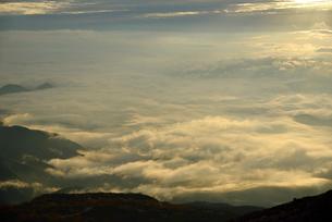 雲海の写真素材 [FYI02833839]