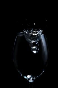 水の写真素材 [FYI02834300]