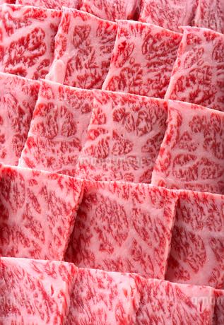 焼き肉用 牛肩ロースの写真素材 [FYI02834396]