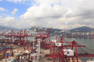 コンテナターミナル 香港の写真素材 [FYI02834584]