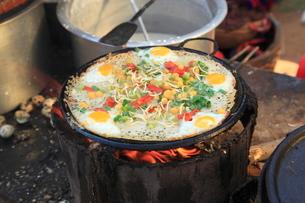 ミャンマー風ピザ バガンの写真素材 [FYI02834777]