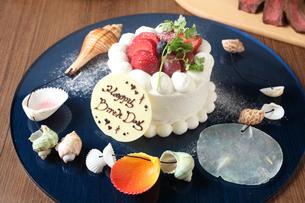 バースデーケーキの写真素材 [FYI02835498]