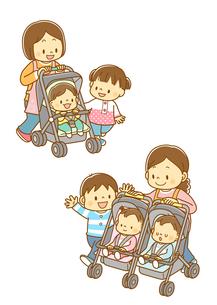 ベビーカーに乗った赤ちゃん、双子用ベビーカーと親子のイラスト素材 [FYI02836040]