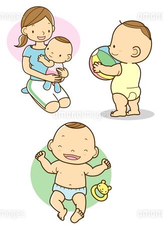 ママに抱っこされる赤ちゃんとボールを持つ赤ちゃんのイラスト素材 [FYI02836088]