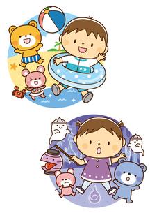 海であそぶ男の子と動物たち、きもだめしをする女の子と動物たちのイラスト素材 [FYI02836170]