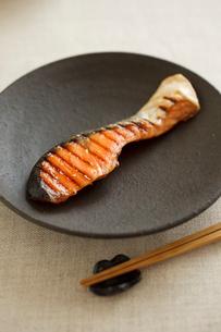 焼鮭の写真素材 [FYI02836213]
