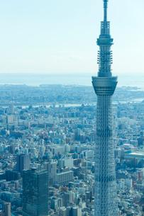 東京スカイツリーの空撮 アップの写真素材 [FYI02836231]