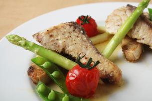 魚料理の写真素材 [FYI02836529]