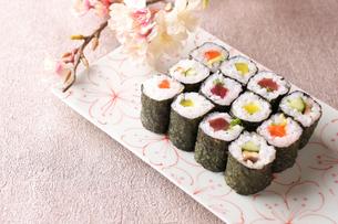 巻き寿司の写真素材 [FYI02836861]