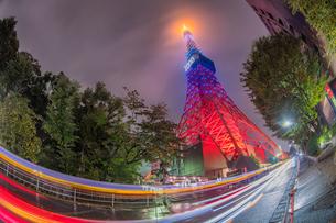 東京タワーライトアップの写真素材 [FYI02837170]