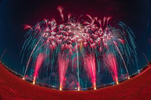 足立の花火大会の写真素材 [FYI02837185]