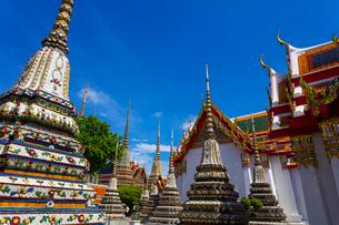 ワット・ポーの仏塔の写真素材 [FYI02837388]