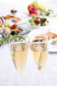 シャンパンのイメージの写真素材 [FYI02837893]