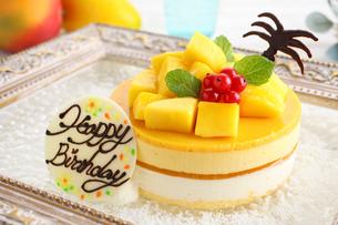 マンゴーケーキの写真素材 [FYI02838088]