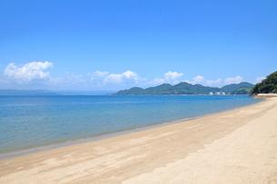 安芸灘とびしま海道 大崎下島のビーチの写真素材 [FYI02838388]