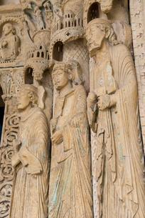 ブールジュ大聖堂の彫刻の写真素材 [FYI02838627]