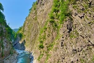 清津峡と柱状節理の写真素材 [FYI02838689]