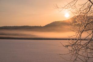 阿寒国立公園の雪景色の写真素材 [FYI02839055]