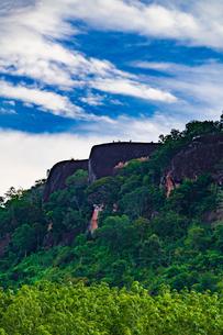 3 Whale Rock, Bueng Kan, Thailandの写真素材 [FYI02839933]