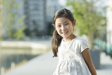 笑顔の女の子の写真素材 [FYI02839941]