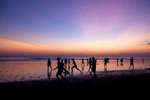 インドネシア バリ島 クタビーチの写真素材 [FYI02839948]