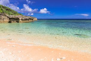 古宇利島のピース浜の写真素材 [FYI02840143]