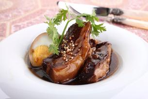 豚の角煮の写真素材 [FYI02842742]