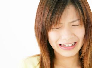 泣き顔の女性の写真素材 [FYI02844445]