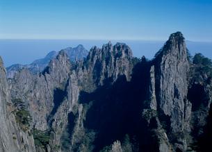 黄山 始信峰の写真素材 [FYI02845474]