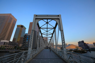 天王洲ふれあい橋の写真素材 [FYI02845736]