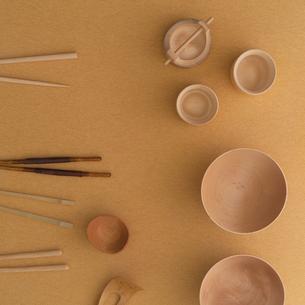 木製和食器集合の写真素材 [FYI02849028]