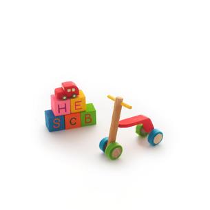 ミニチュアルームの三輪車 クラフトの写真素材 [FYI02849148]