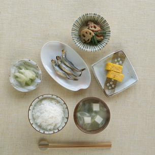 和食の朝食の写真素材 [FYI02849844]