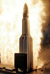 A Standard Missile 3 is launched from the Ticonderoga-classの写真素材 [FYI02851414]
